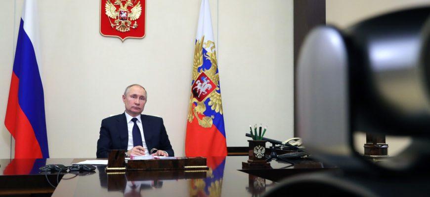 Путин и Лукашенко провели переговоры по телефону