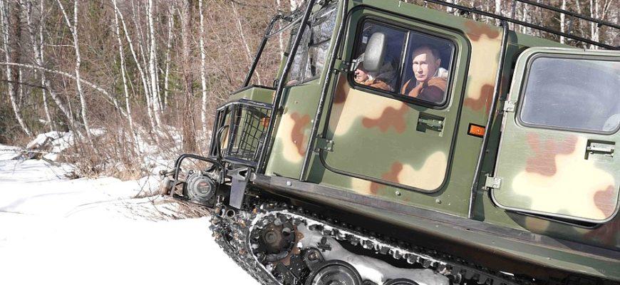 Путин: Риски у границ требуют высокой боеготовности армии