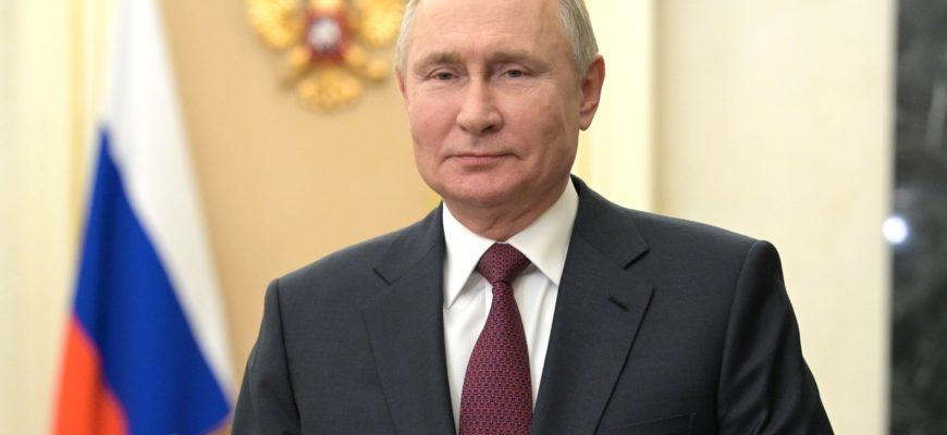 Путин встречается с депутатами